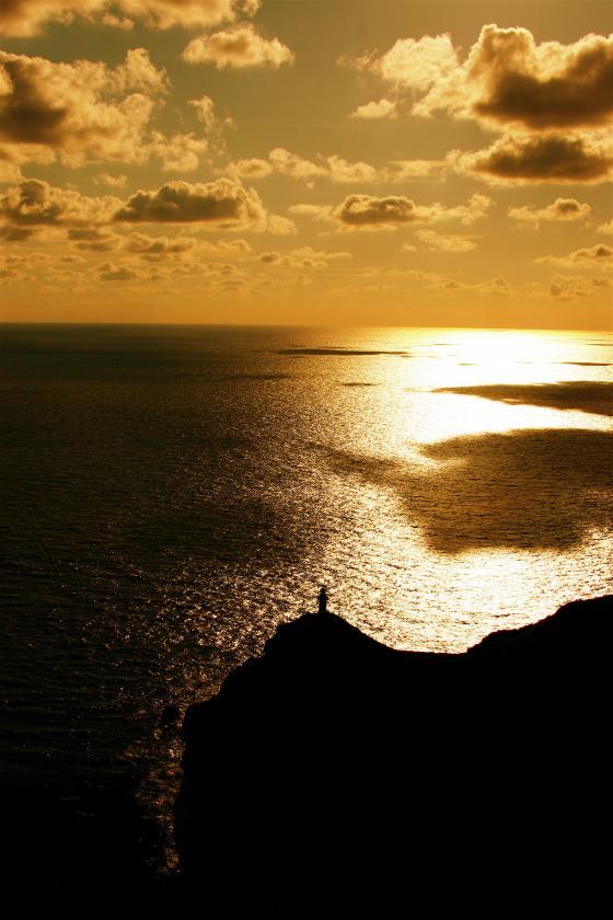 大瀬崎灯台の夕景1
