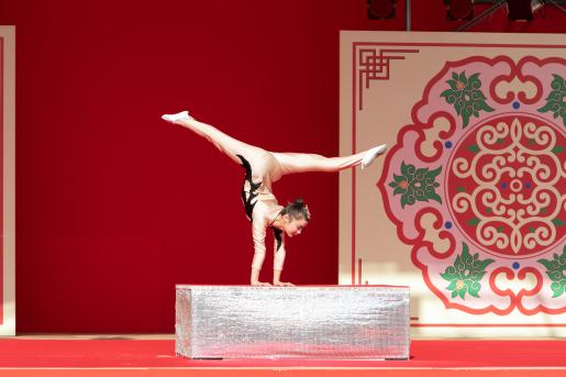 ランタン中国雑技