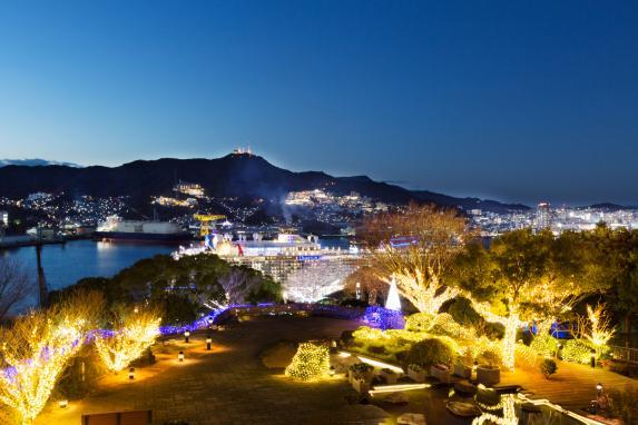 グラバー園 宵闇の長崎港と稲佐山