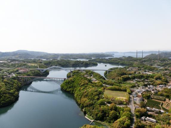 西海橋と針尾無線塔©SASEBO