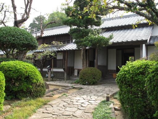 旧楠本正隆屋敷1