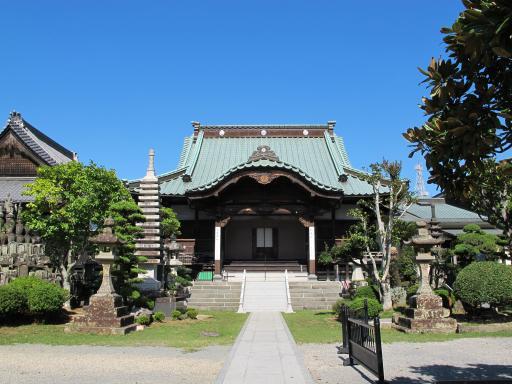 慶厳寺の本堂
