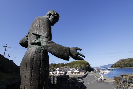 横瀬浦のルイス・フロイス像