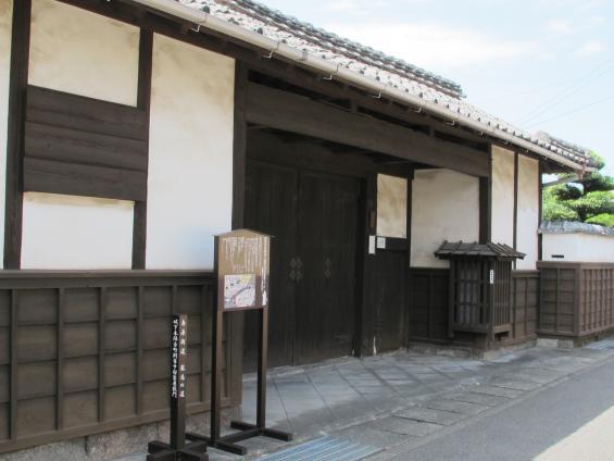 中村家屋敷門