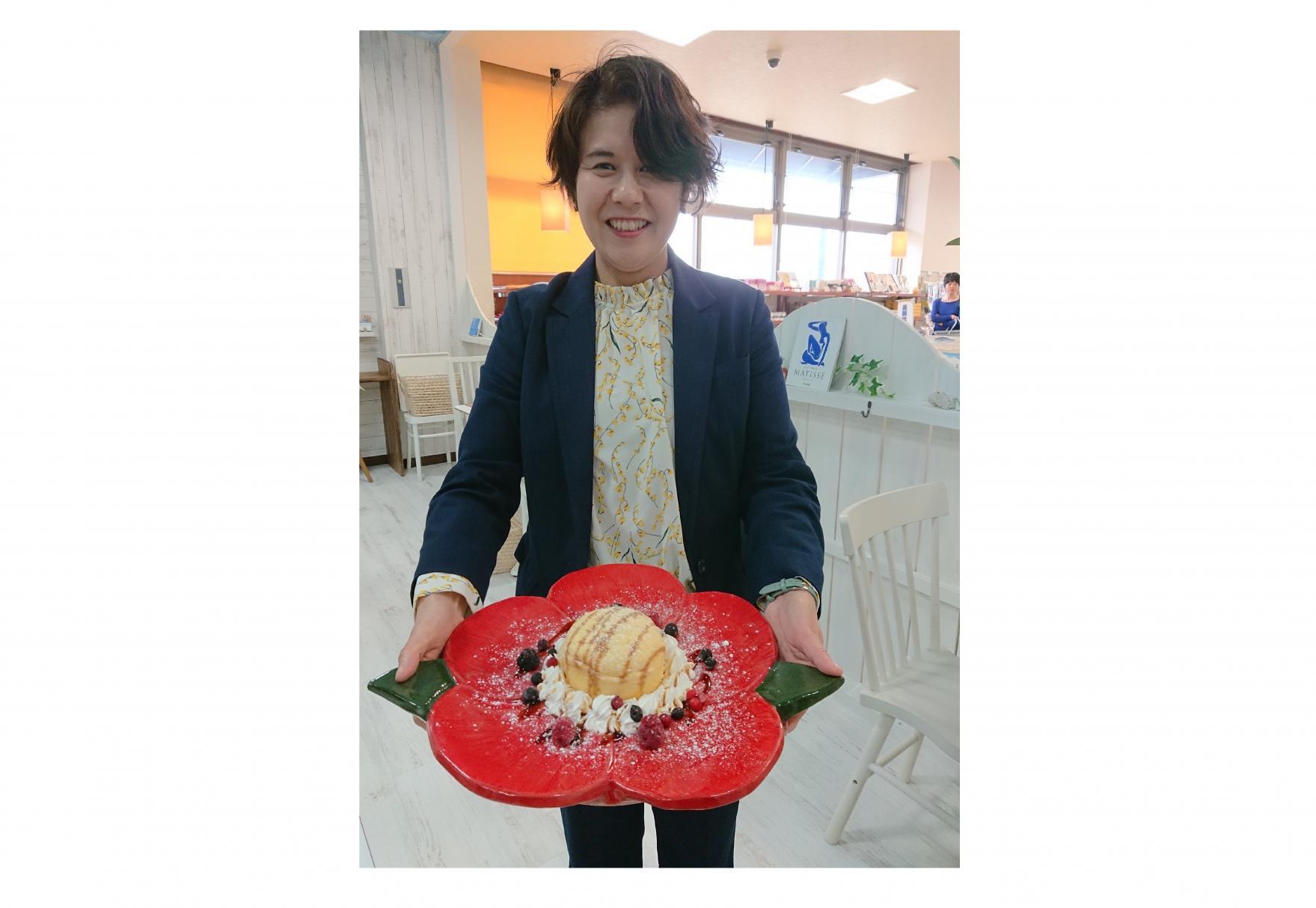 ◆椿のパンケーキ 680円(税込)-0
