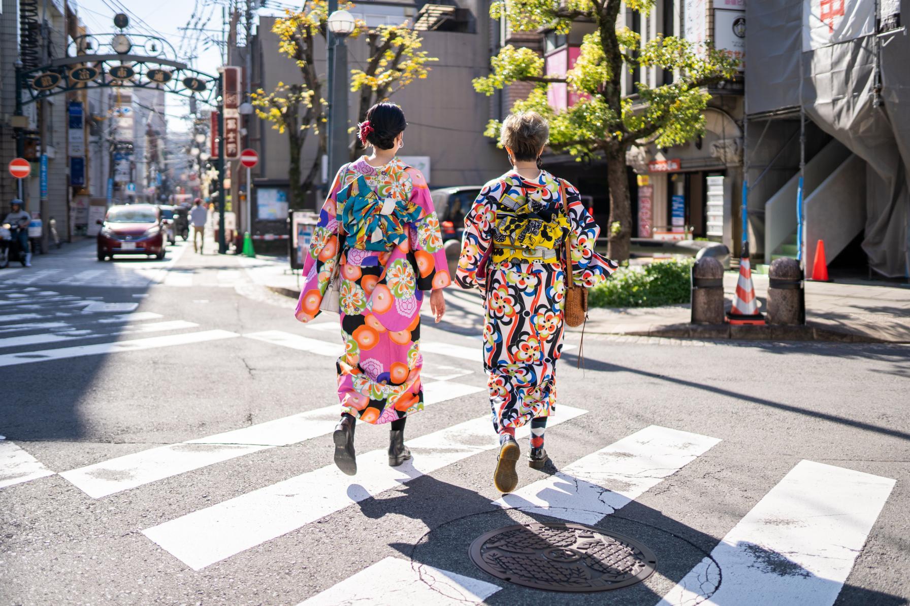 和洋折衷のカラフル着物で長崎観光へ-1