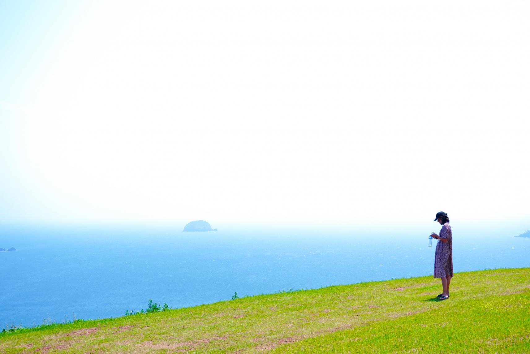 島々を一望できる「斑島園地」-0