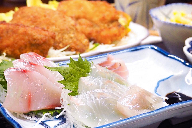 漁師旅館で島のご飯を堪能★鮮魚を使った瓶詰めシリーズは島のお土産に♪-1