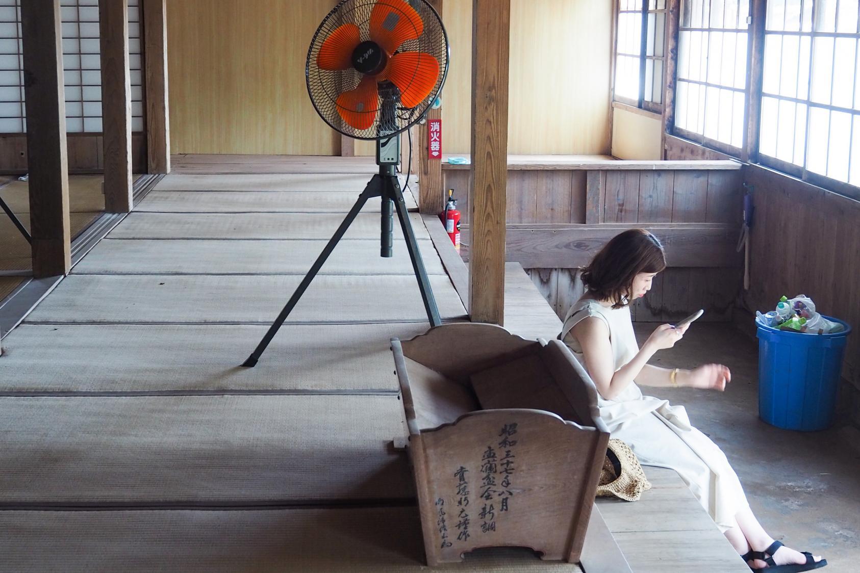 歴史&カメラ女子必見☆鮮やかな朱門が目印の「東光寺」☆-3