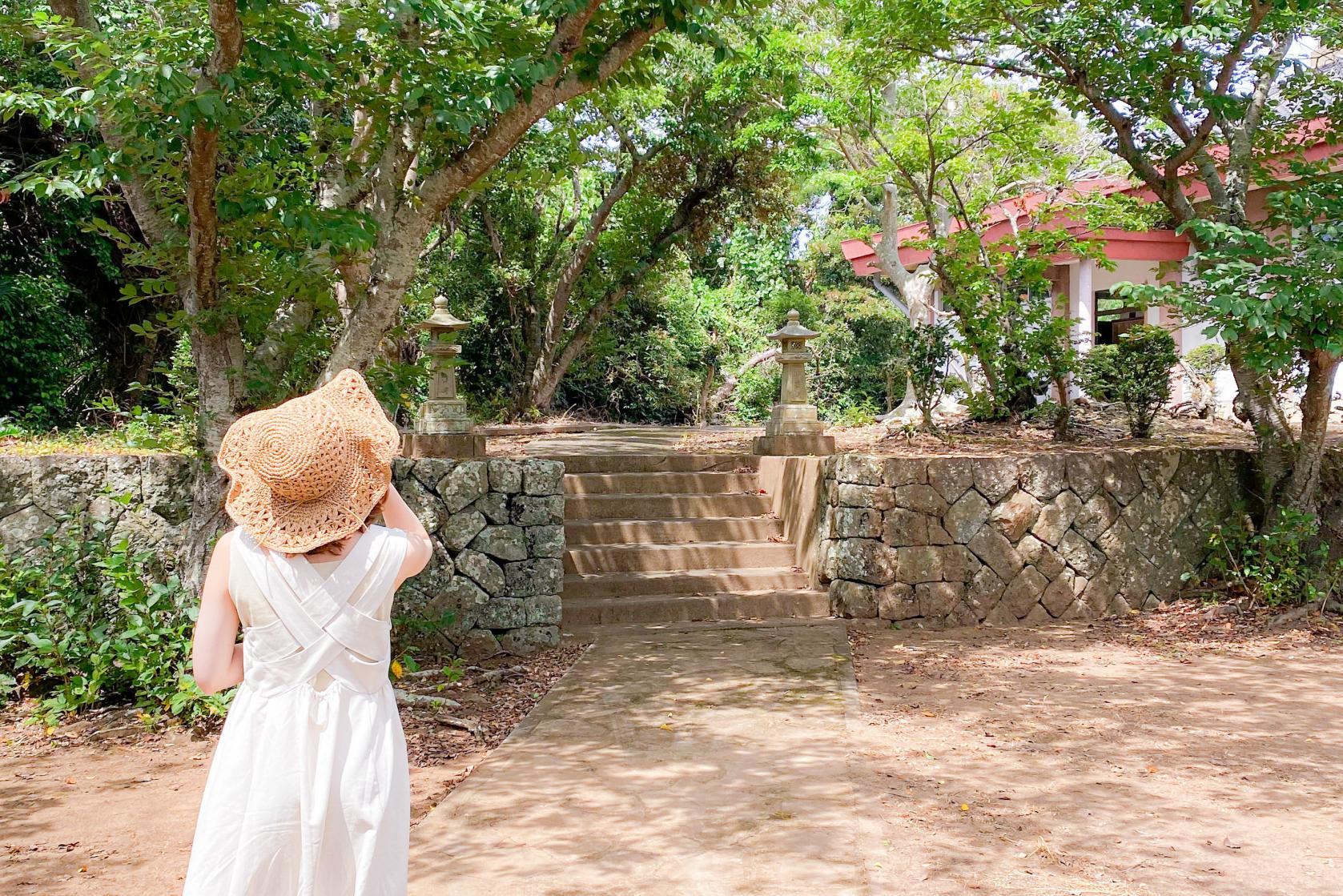歴史&カメラ女子必見☆鮮やかな朱門が目印の「東光寺」☆-5