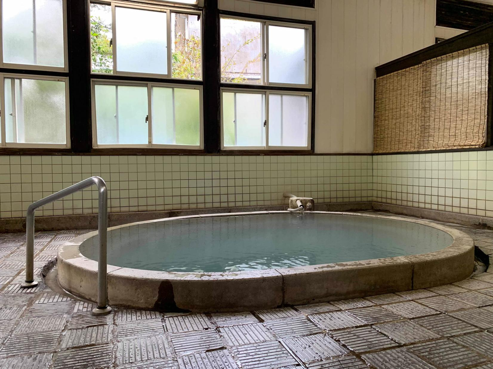 雲仙温泉 湯の里共同浴場(だんきゅうの湯)-0