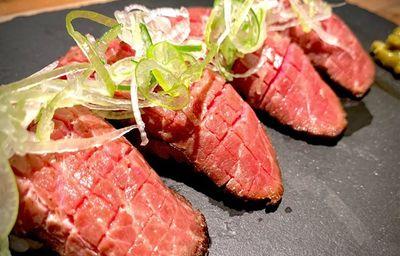 長崎和牛の炙り寿司