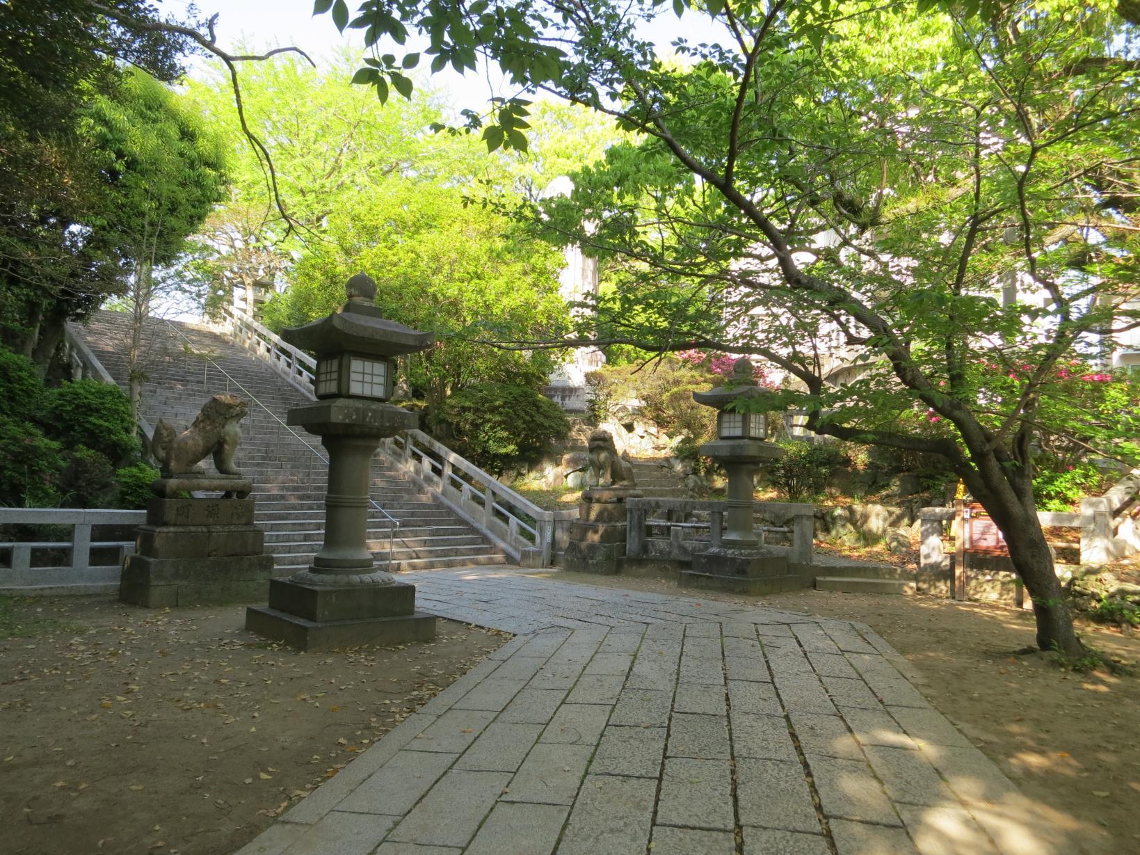 亀山八幡宮-1