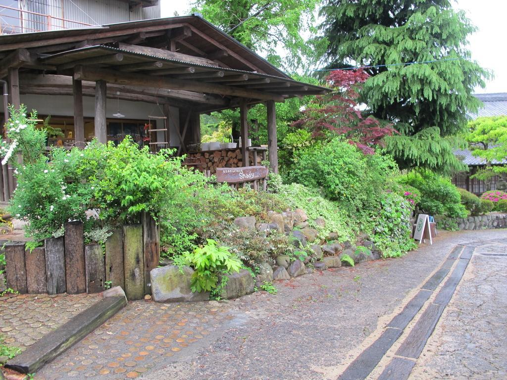 【Day 1】Stroll through western Hasami's Hara district-1