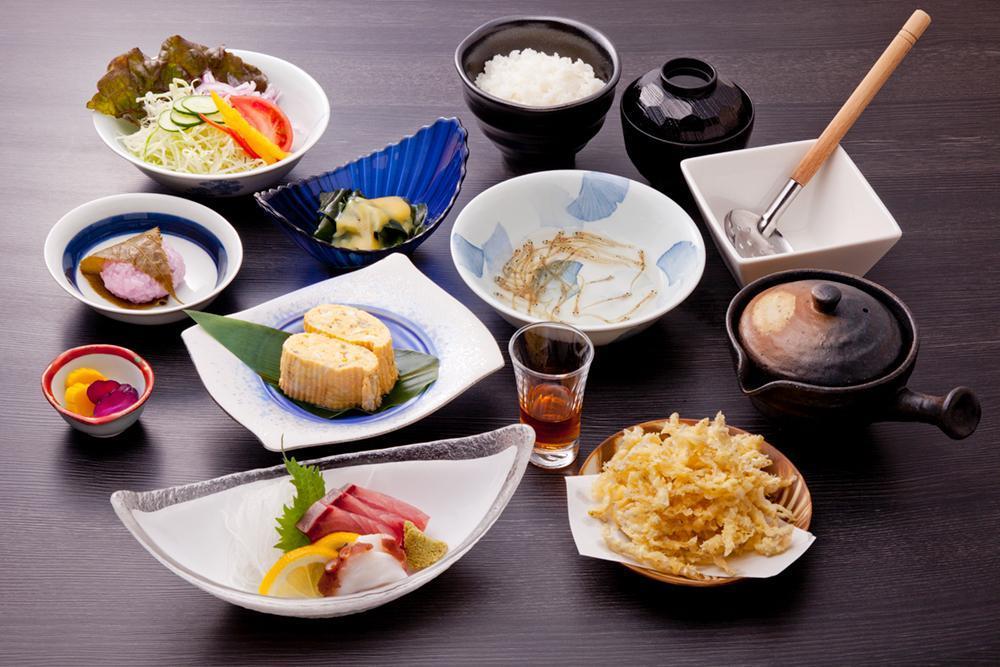 河津桜とシロウオ漁(シロウオ料理)-1