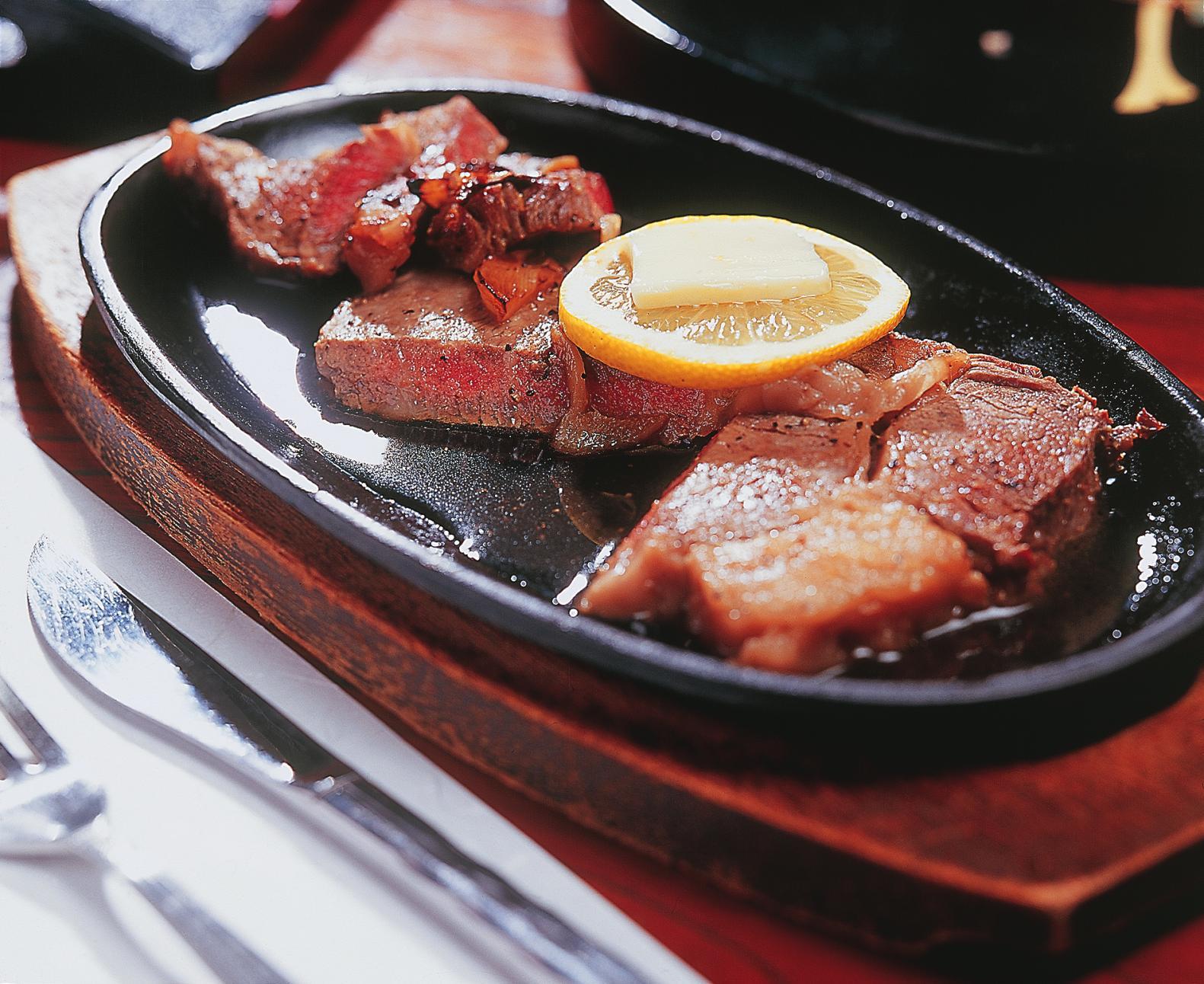 【2日目】五島牛ステーキや五島うどんなどのランチ-1