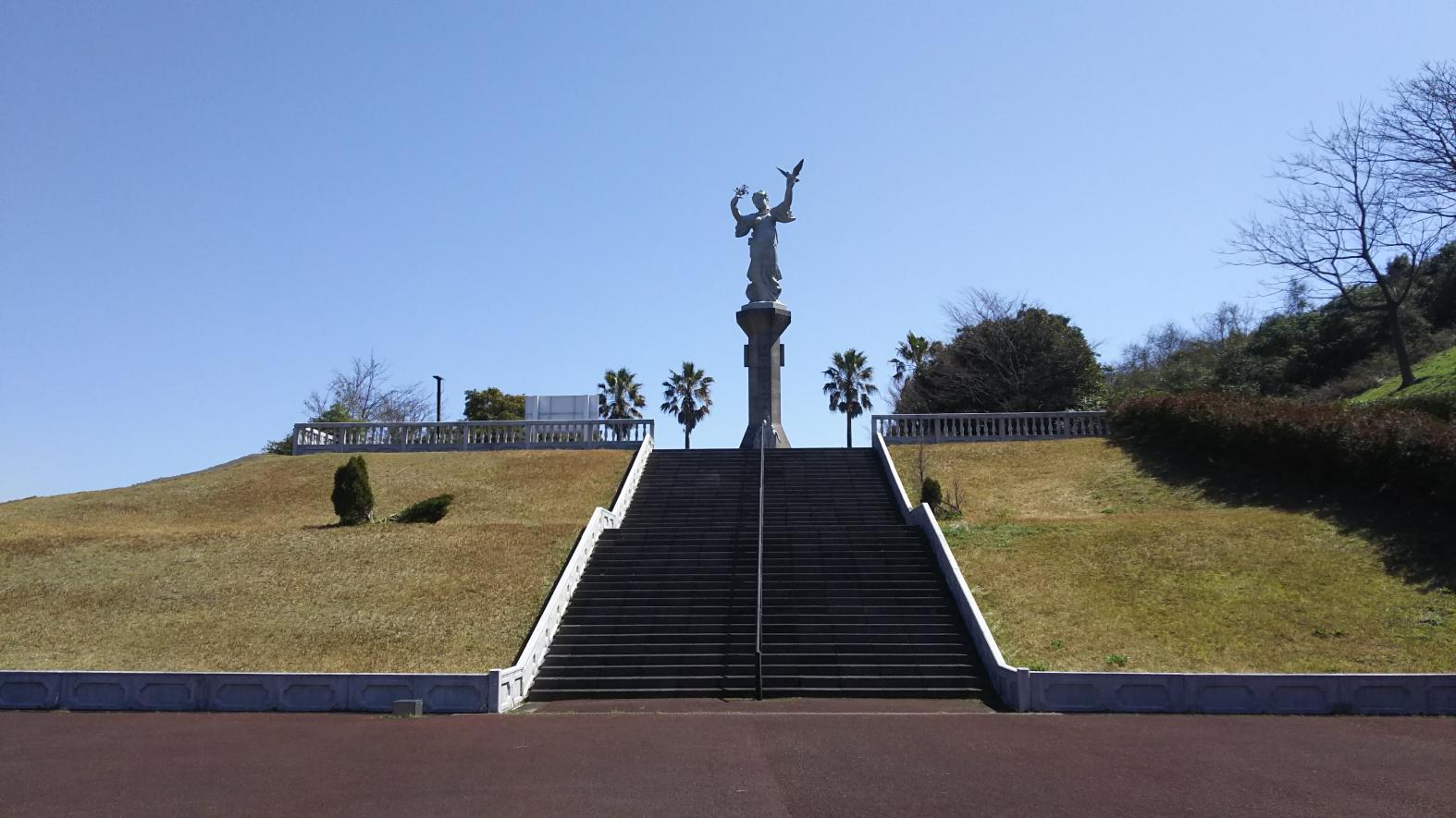 浦頭(うらがしら)引揚記念平和公園-1