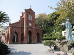 奥浦湾の先端にひっそりと建つ堂崎教会-1