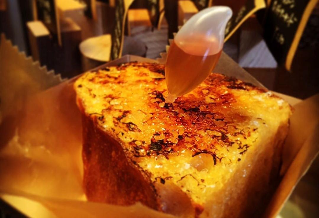 おしゃれベーカリー&カフェはまさかの廃校!自家栽培の小麦から作るおいしいパン-6