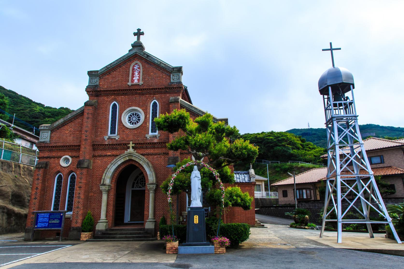 信仰が息づく島。 カトリック教会をめぐる旅へ-5