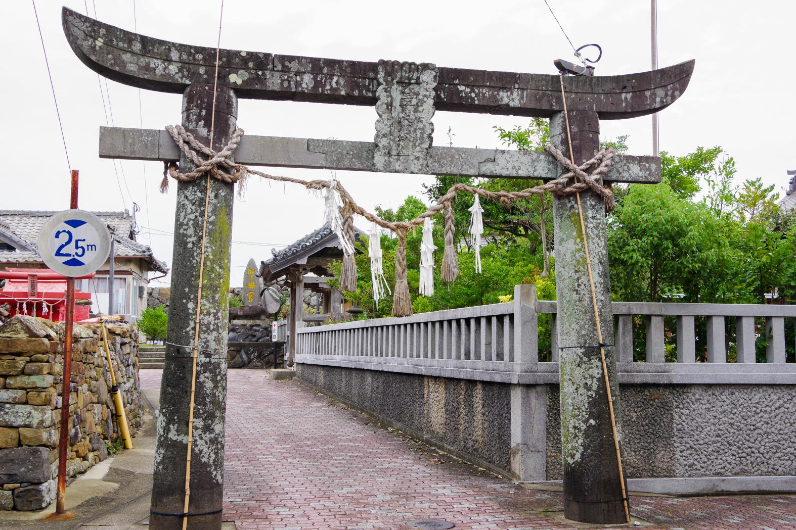 Shomo Shrine: A Shrine with a History of More Than 1,300 Years-6