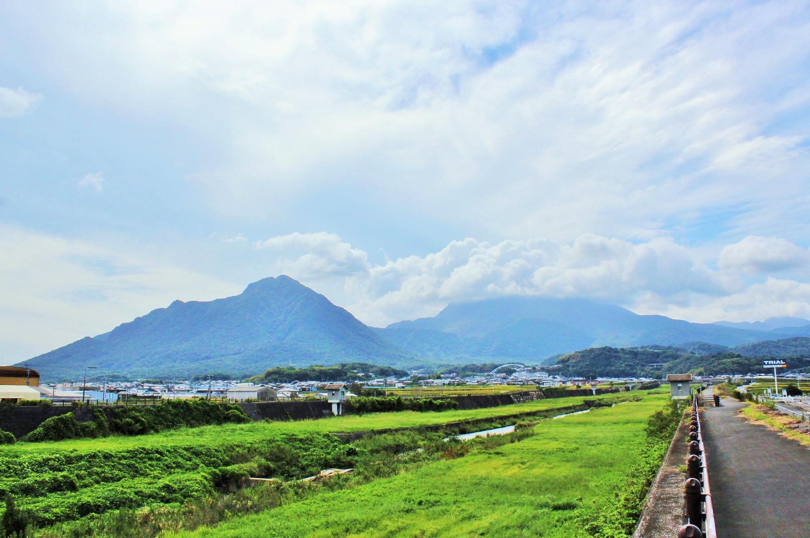 Shimabara Railway: A Train Ride with Spectacular Views-7