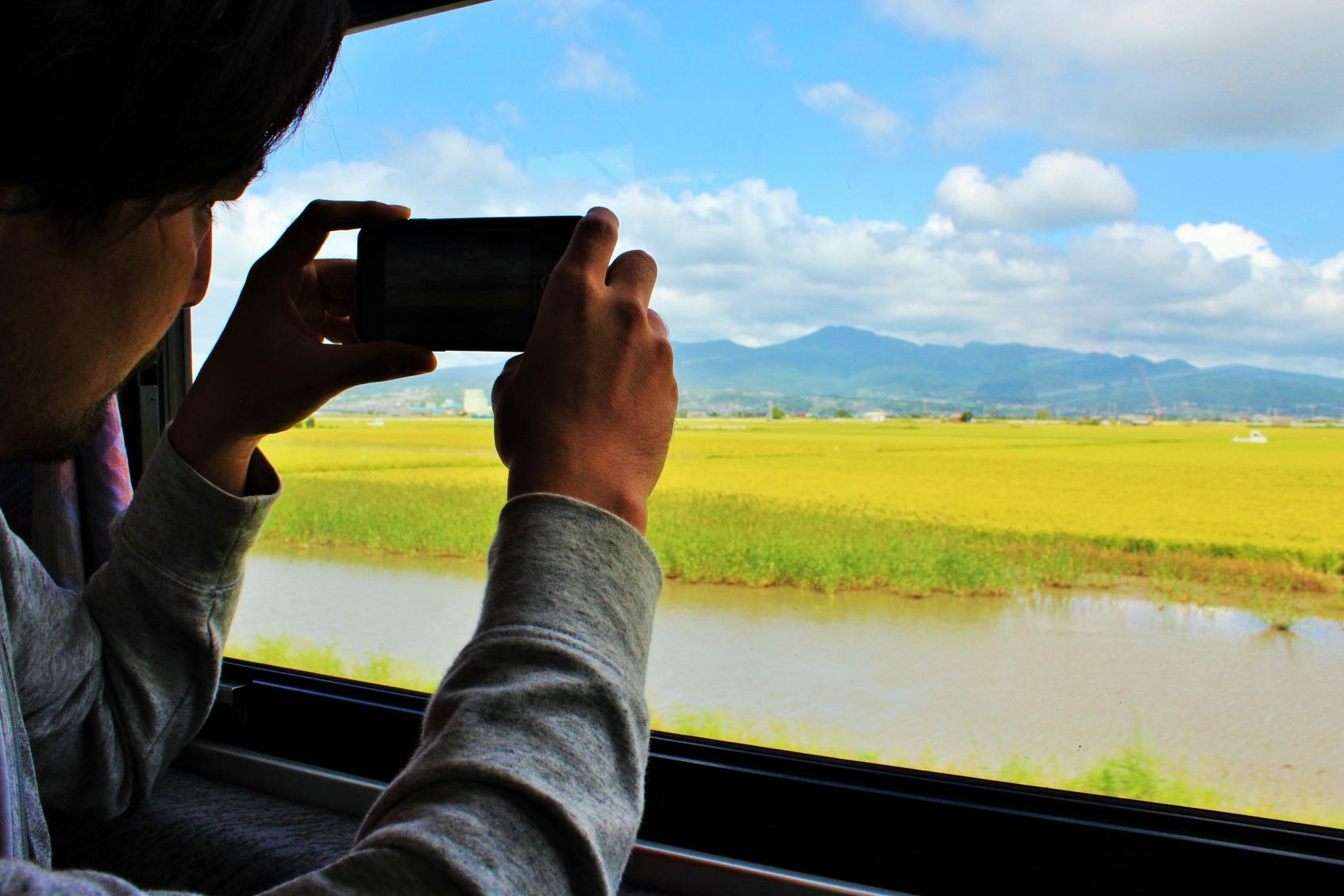 Shimabara Railway: A Train Ride with Spectacular Views-3
