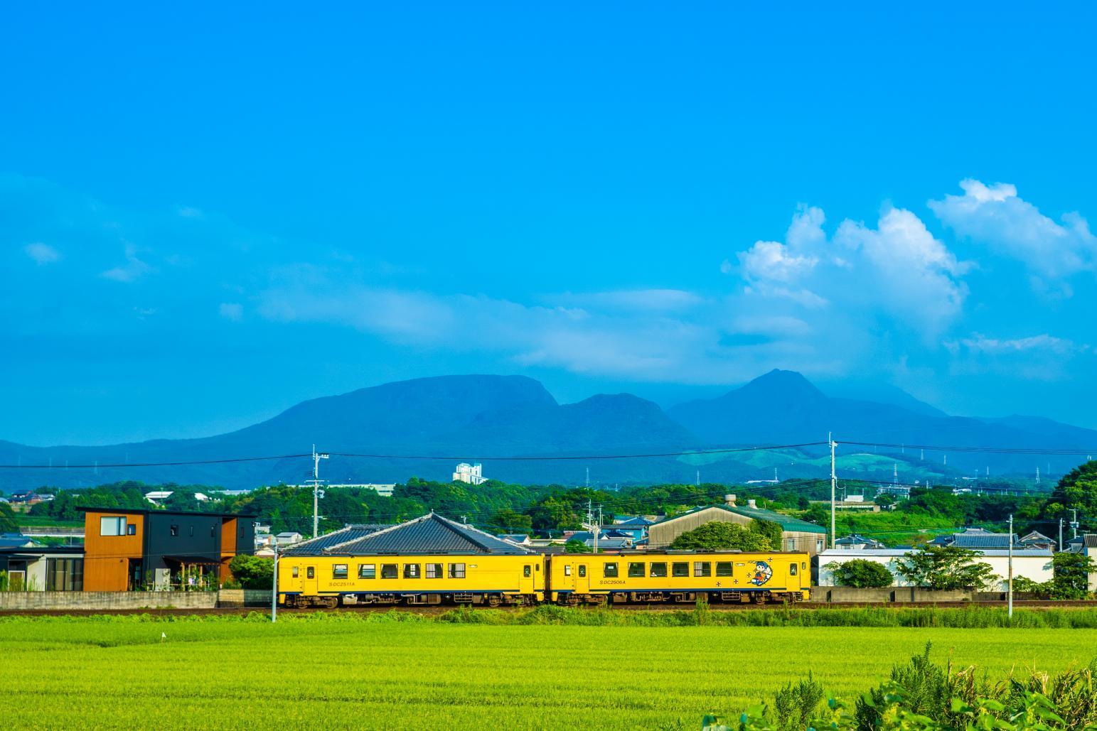 島原鐵道:往來山海之間的黃色列車-0