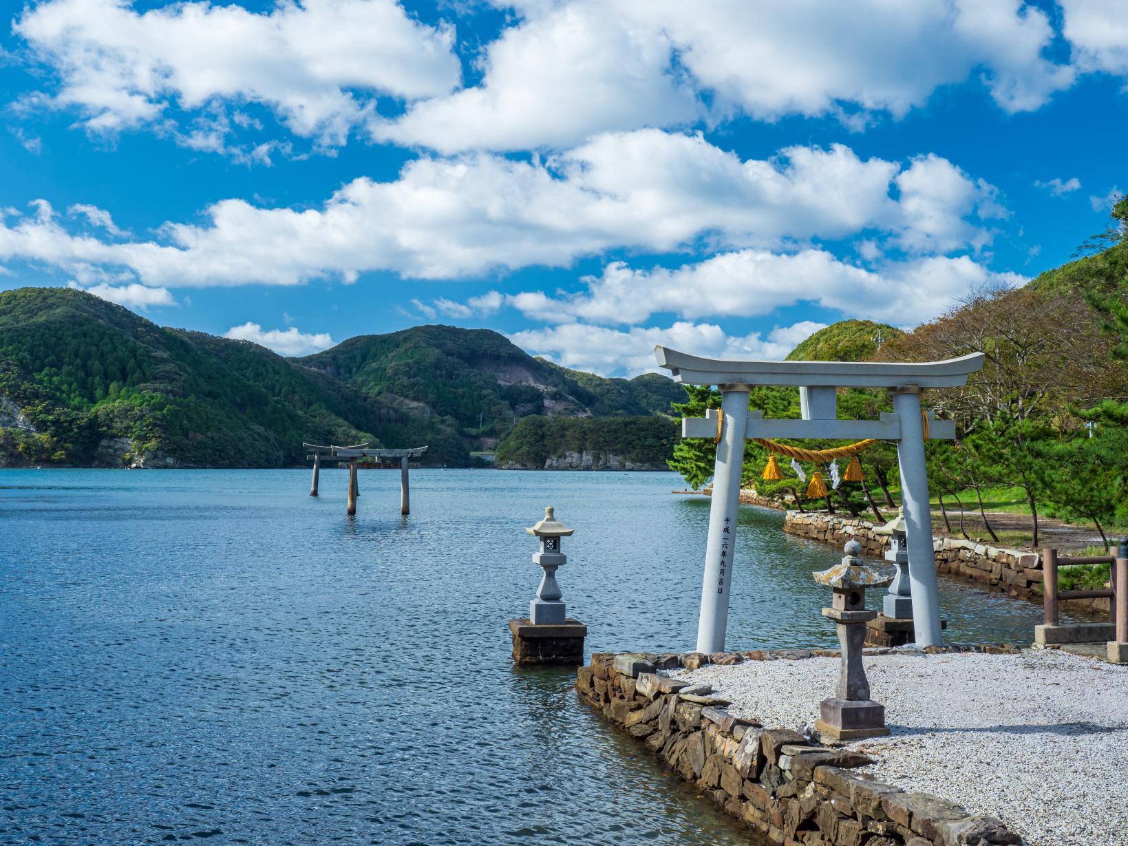 Watazumi Shrine-1