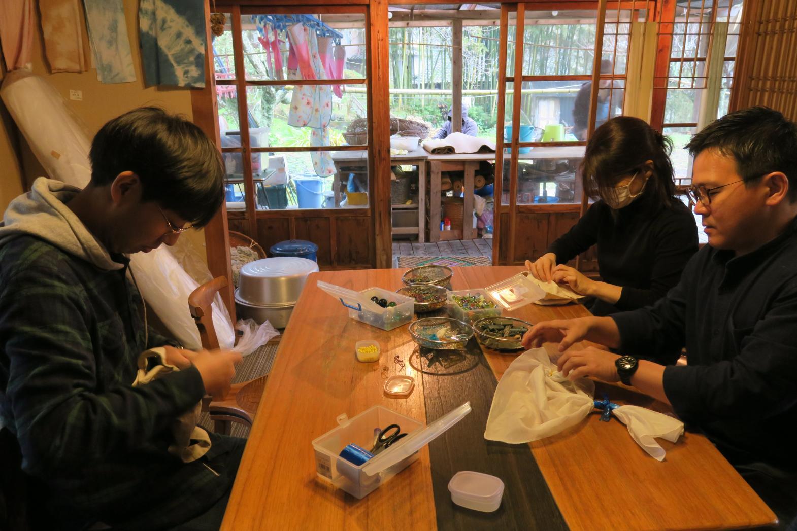 Aiakane Kobo : The Traditional Indigo Dyeing Experience-1