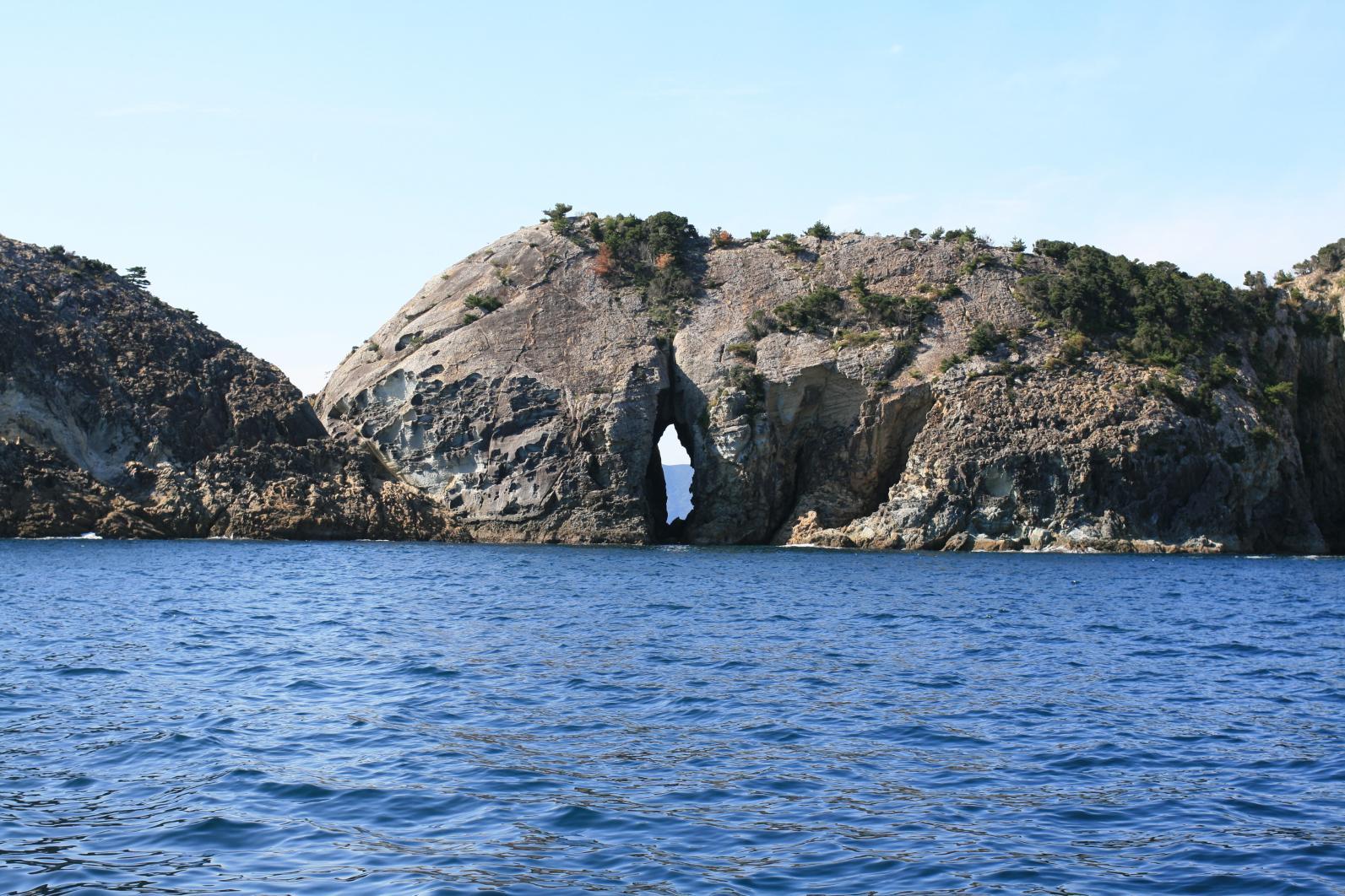 海からしか味わえない上五島の大自然と文化を、クルージングで堪能-3