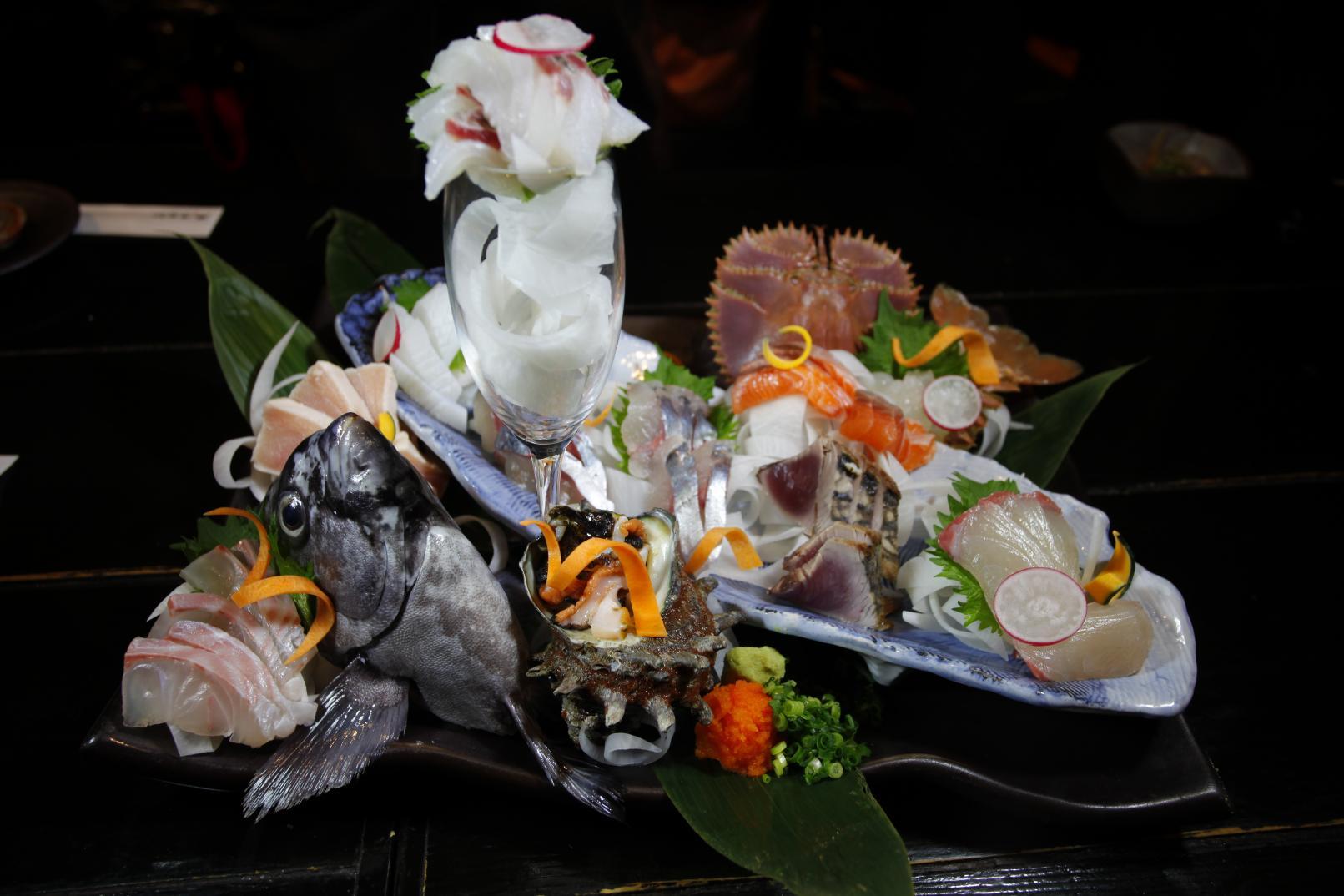 必食!お魚王国で味わう極上の魚介類-4