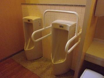 男性用トイレ小便器-3