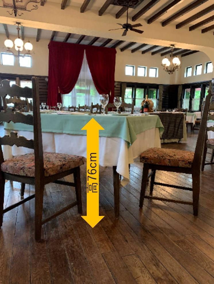 レストランテーブル-1