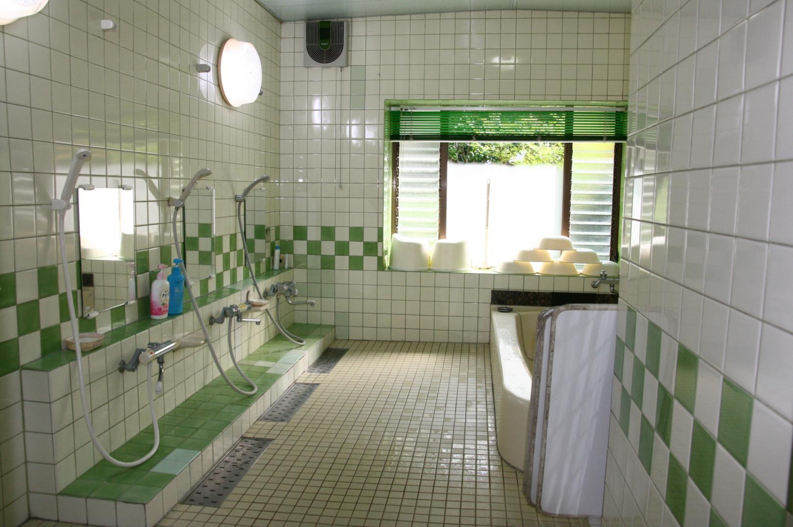 大浴場浴室-2