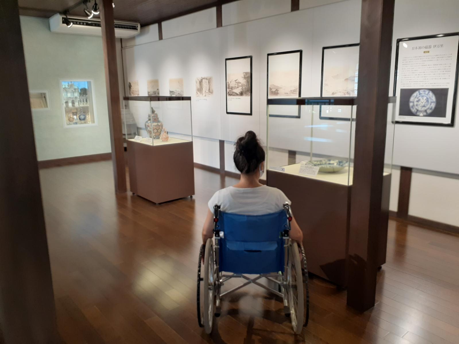 展示物の見学-2