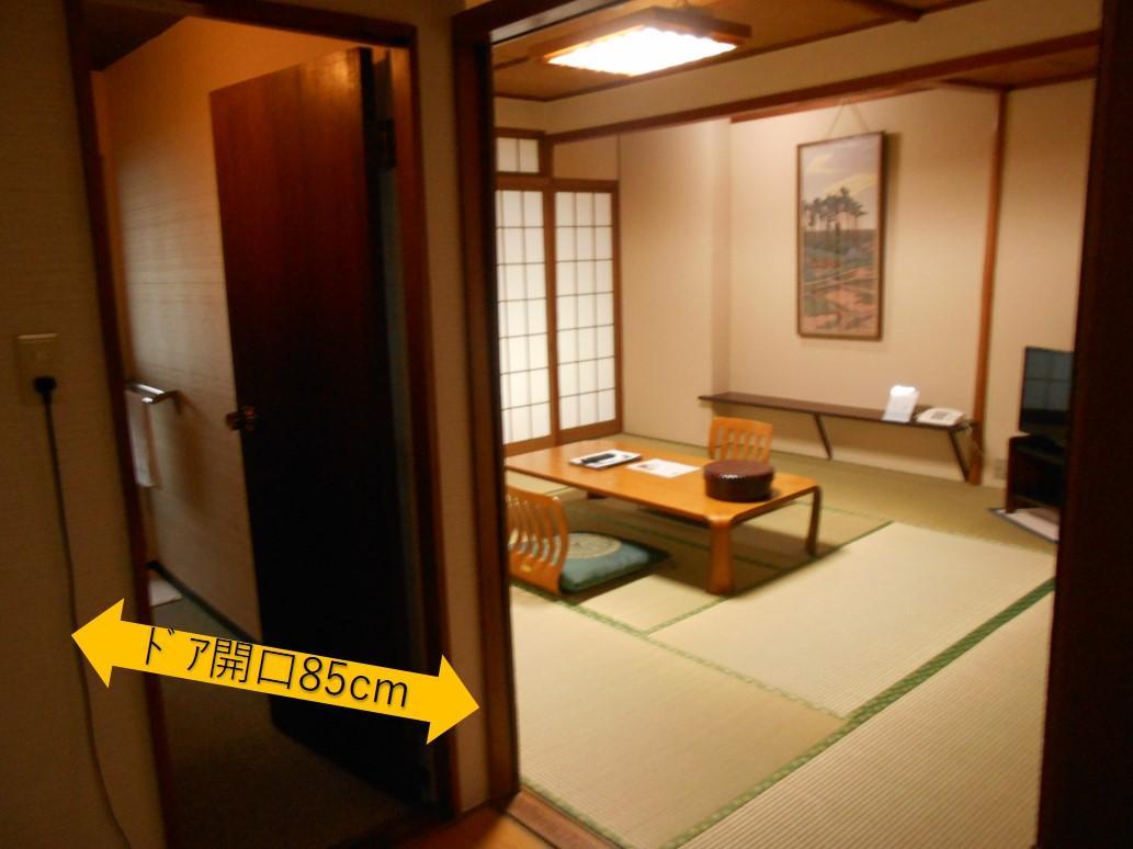 客室入口-0