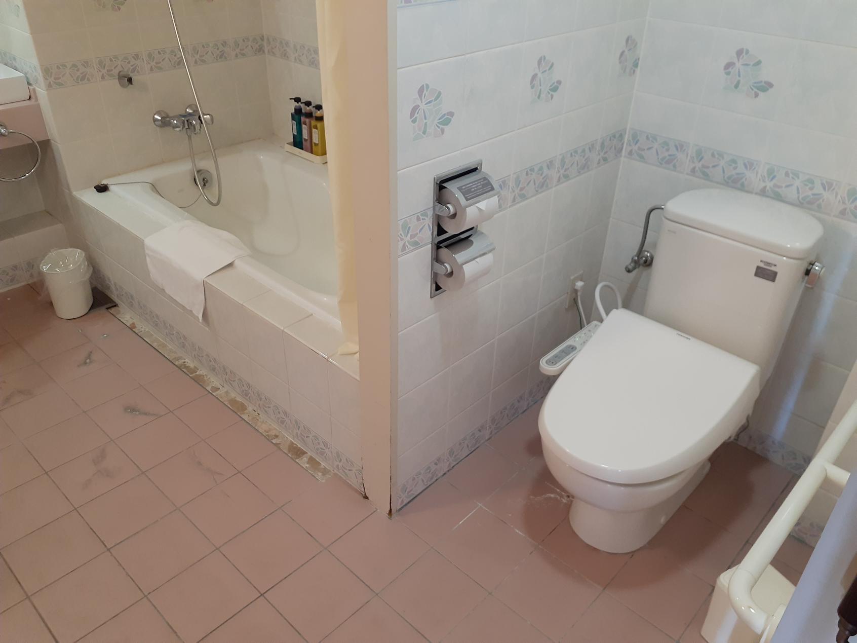 バス・トイレ配置-1