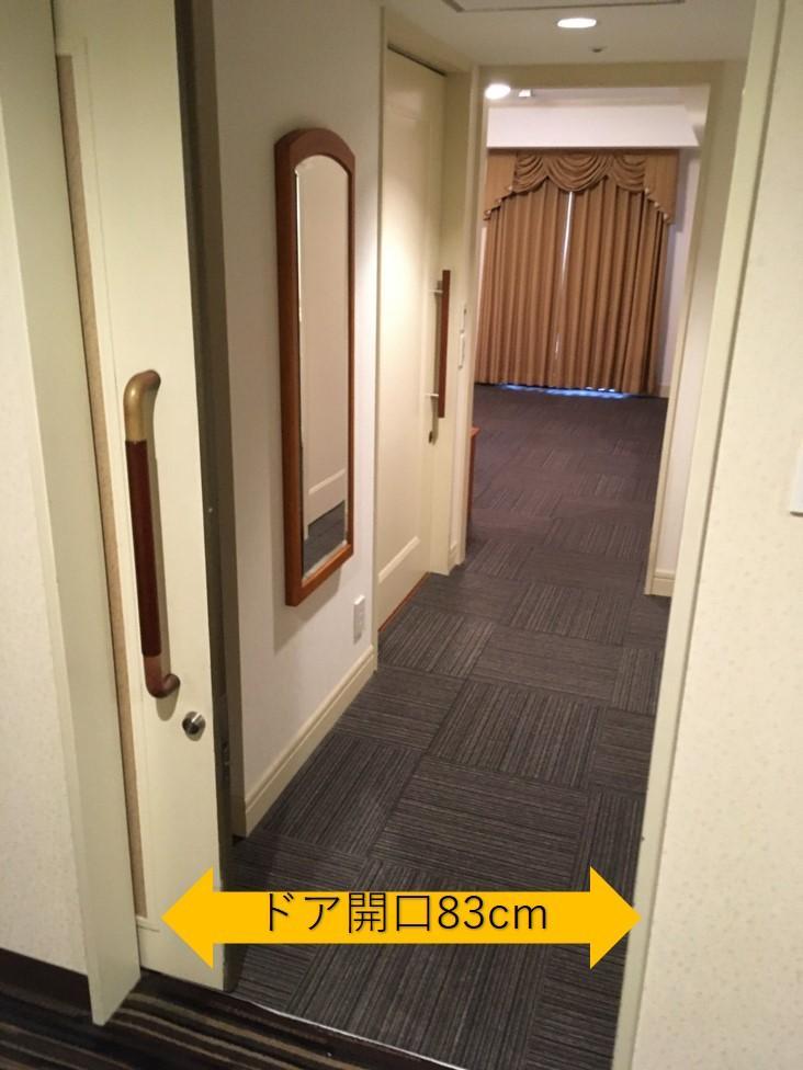 客室玄関-0