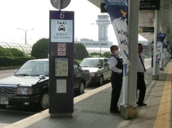 タクシーなどの乗降場所-4