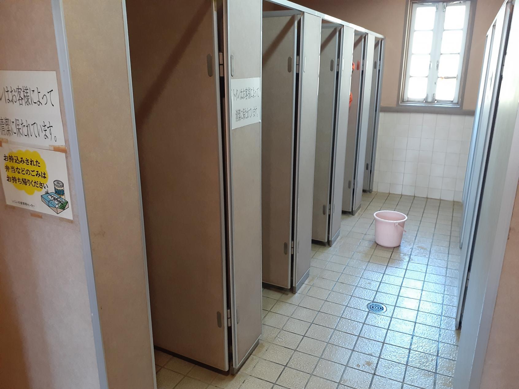 男性トイレ②-3