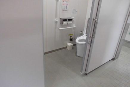 女性用トイレ-1