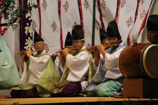 Iki Kagura (Shinto Theatrical Dance of Iki Island)-1