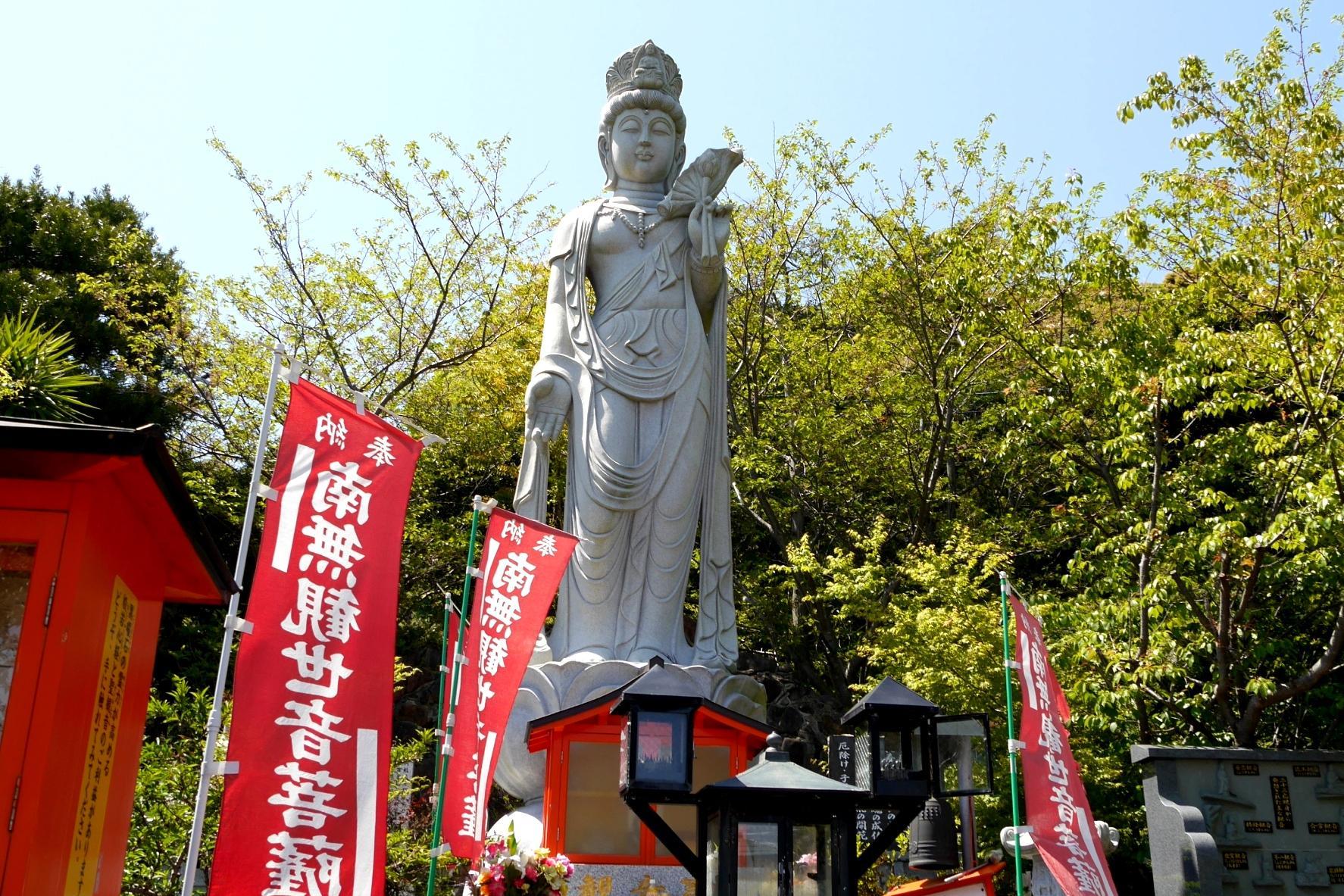 諸津観音白歯雪公園-1