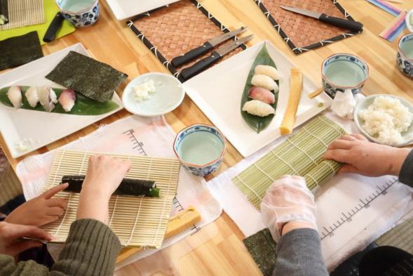 Sushi Cram School Experience-1