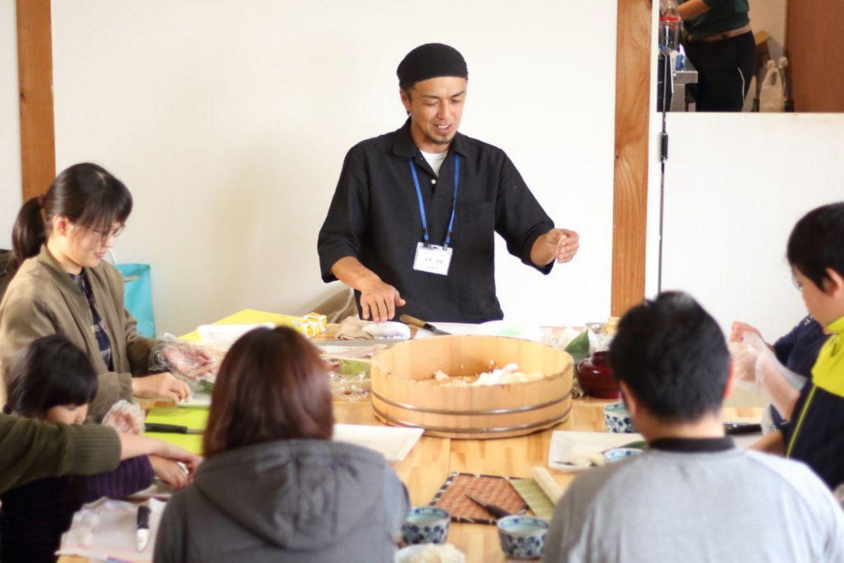 Sushi Cram School Experience-2