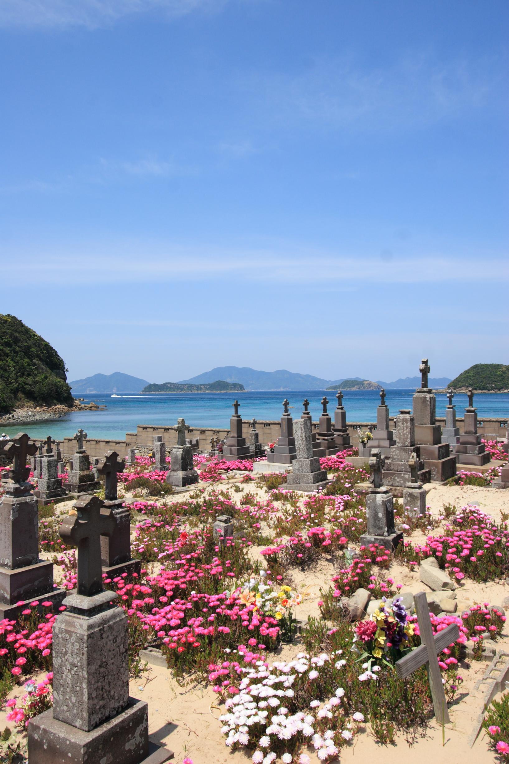 キリシタン墓地 (頭ヶ島の集落)-1