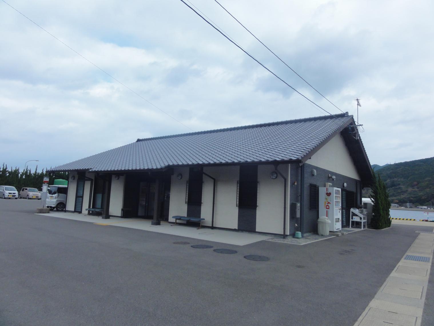 青方港ターミナル-1