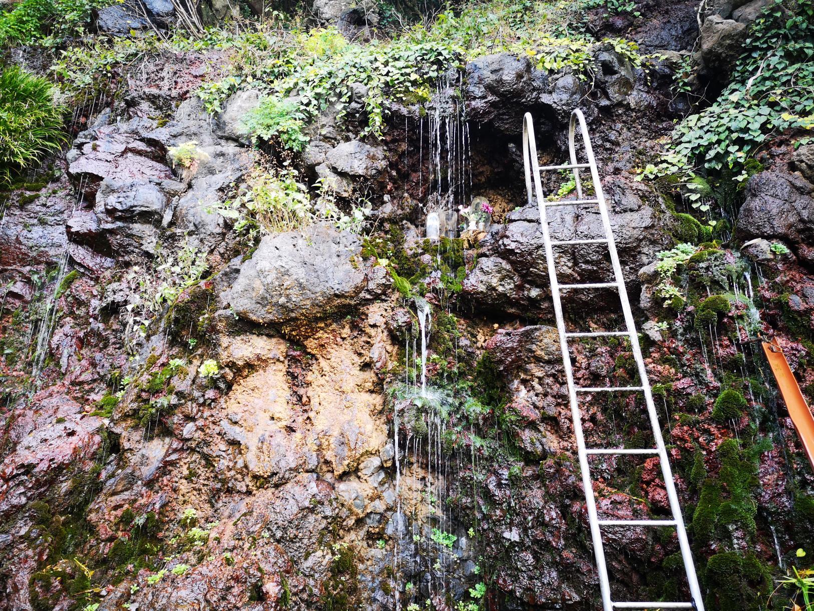 Ochozu Falls-2
