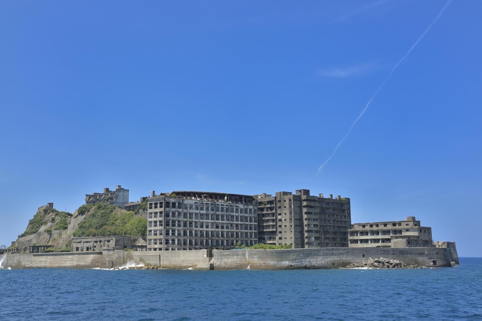 Gunkanjima (Hashima, Battleship Island) Landing & Cruising Tour-3